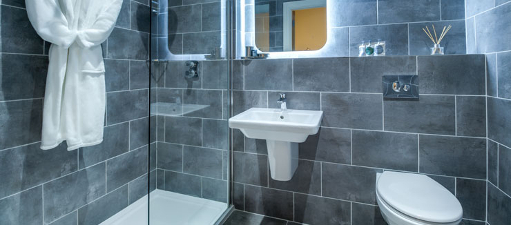 Superior Bathroom - Kingstons Townhouse